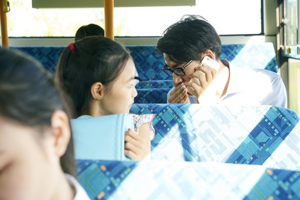 バス車内での通話