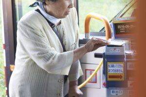 バス内で起こりがちな5つのトラブルとその対処法を徹底解説