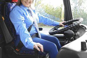 女性バス運転手の採用がおすすめな3つの理由を詳しく解説